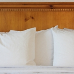Muslin Pillowcase: Cheap Economy T-130